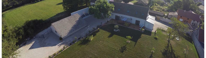 gite et domaine en bourgogne piscine moulin du coq